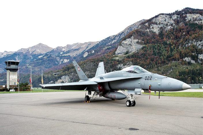 Die Fluglärm-Gegner möchten vor allem die Starts und Landungen der lauten F/A-18-Jets begrenzen.