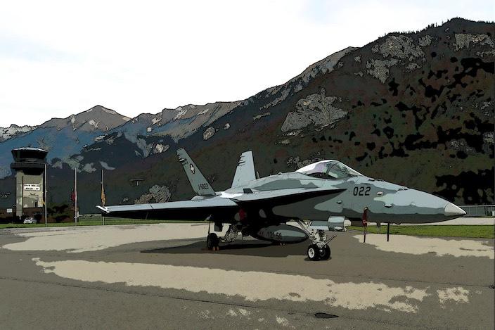Die Fluglärmgegner ziehen ihre Beschwerde wegen des Lärms durch die F/A-18 Kampfjets auf dem Flugplatz Meiringen ans Bundesgericht weiter. Sie wollen damit eine Gesamtbeurteilung erzwingen.